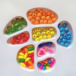 set barvnih perlic