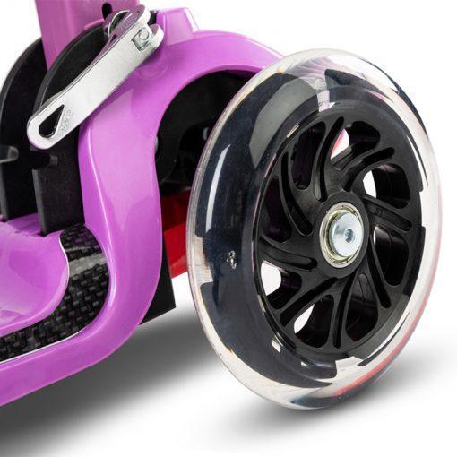carbon otroski skiro s svetlecimi kolesi purple5