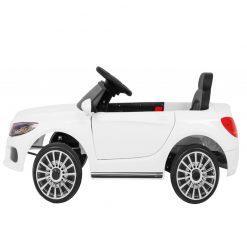 avto na akumulator beli 2